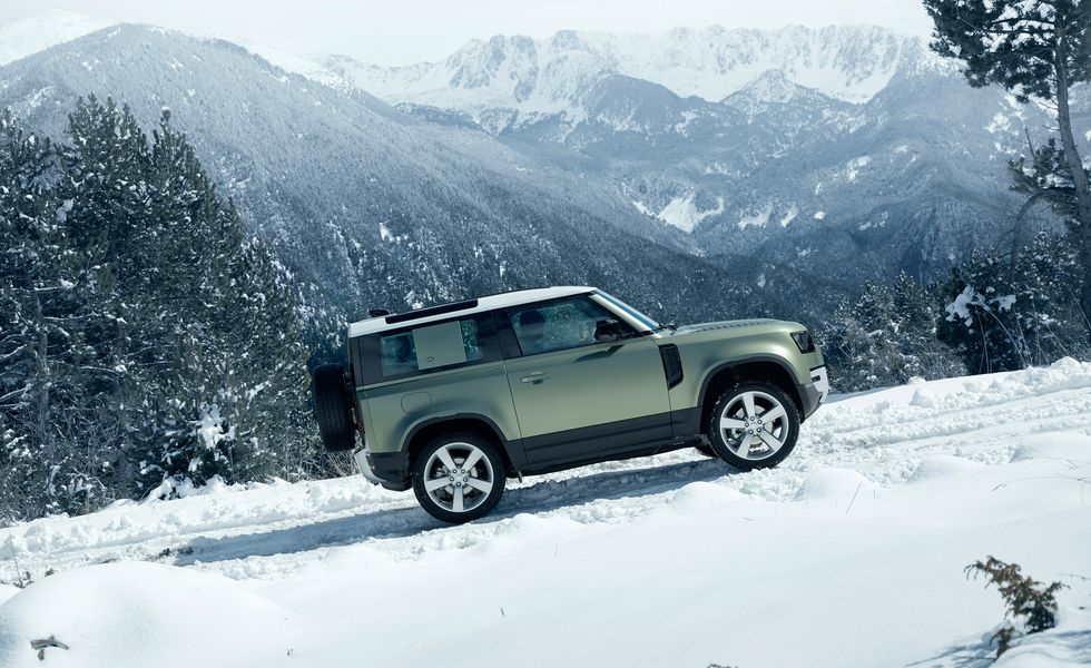 Новый Land Rover Defender выйдет в трех размерах