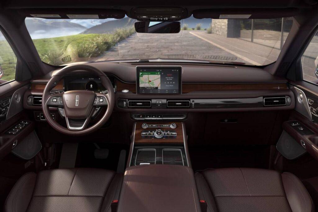 Lincoln Aviator Hybrid 2020 года 500 л.с.