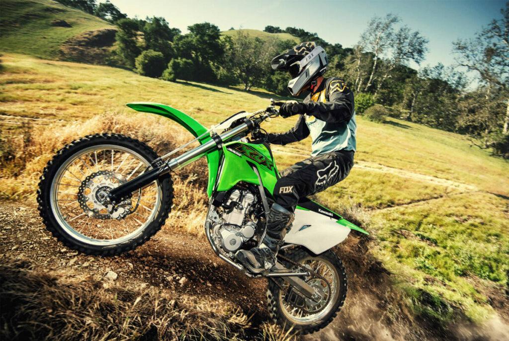 Kawasaki klx 230 R