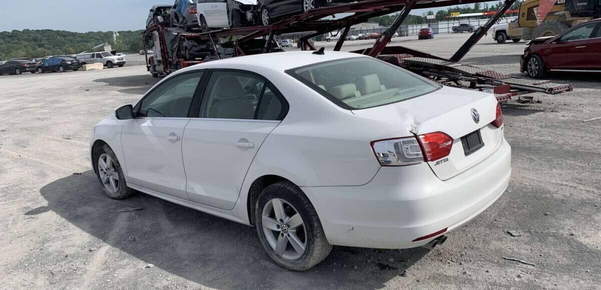 Купить АКЦИОННАЯ ЦЕНА! VW JETTA TDI 2012 в Украине - 6