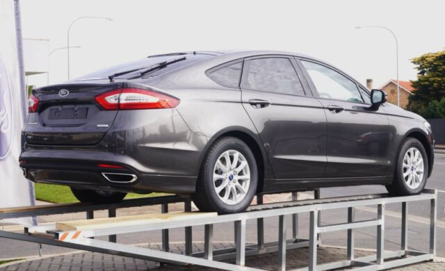 Сравнение Ford Fusion и Ford Mondeo