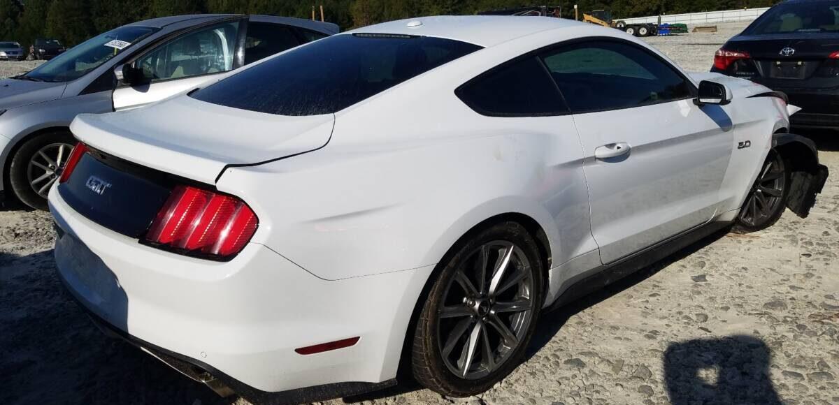 Купить 2015 FORD MUSTANG GT в Украине - 4