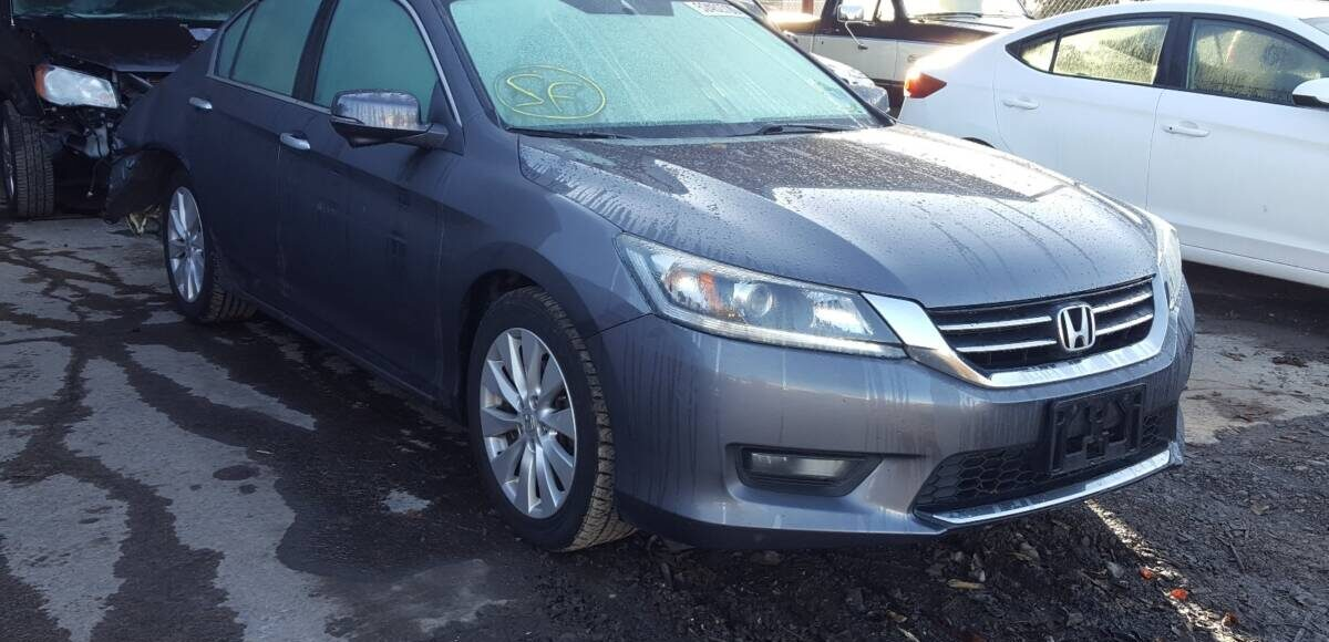 Купить 2015 HONDA ACCORD EX в Украине - 1