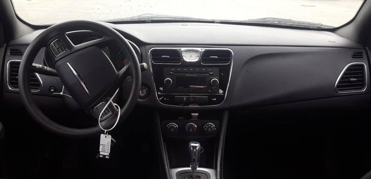 Купить 2012 CHRYSLER 200 LX в Украине - 9