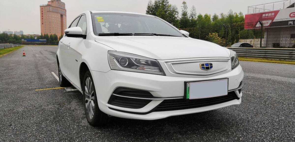 Купить GEELY EMGRAND EV450 2018 в Украине - 1